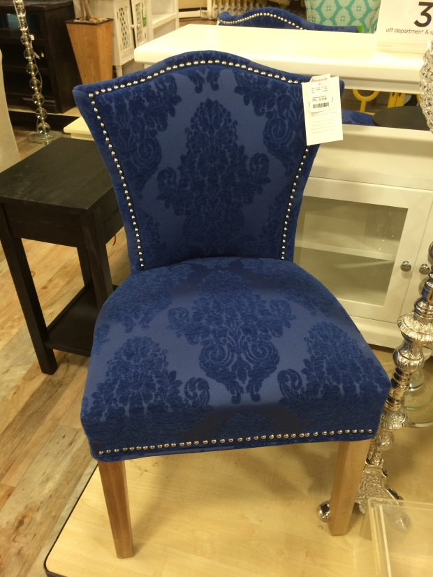 accent chair decorating ideas, ross, home decor, living room,, glidden, pebblegrey, tips